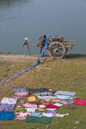Zdjęcia: Nagapali Beach, Wielkie pranie, MYANMAR