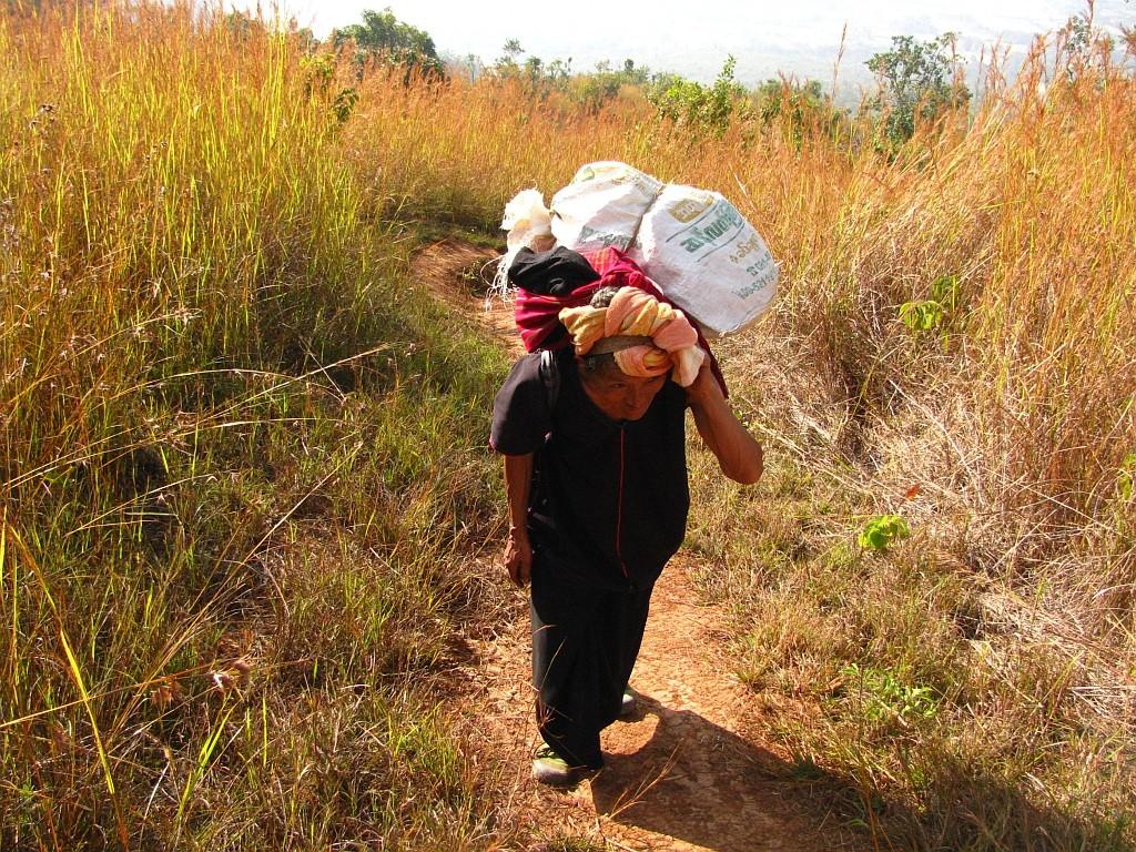Zdjęcia: okolice jeziora Inle, stan Shan, trekking po górskich wioskach ludu Pa-O, MYANMAR