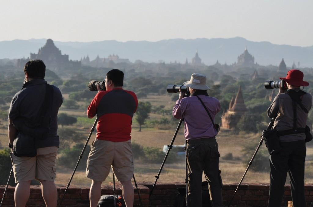 Zdjęcia: Bagan, Bagan, Paparazzi zachodu słońca, MYANMAR