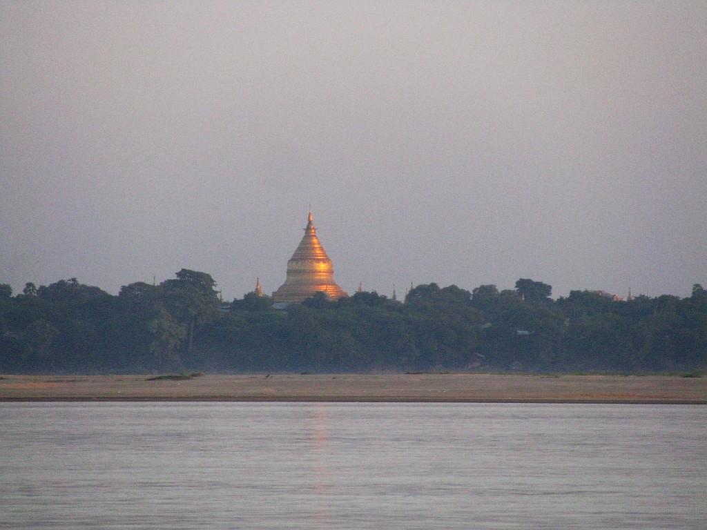 Zdjęcia: Irawadi, środkowa Birma, Shwezigon Paya, MYANMAR