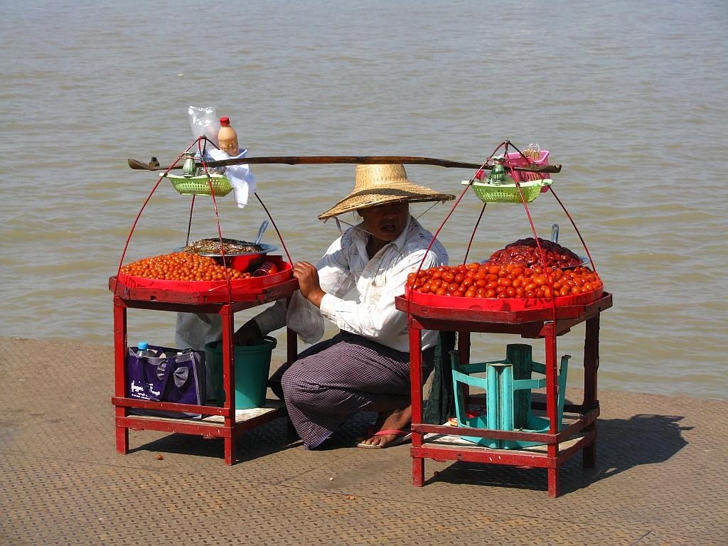 Zdjęcia: miasteczko Dilah, Delta Yrawadi, przystań promowa, MYANMAR