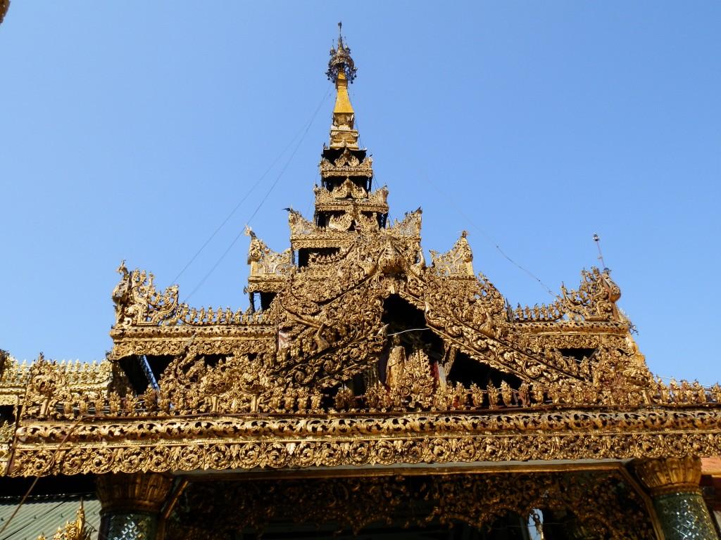 Zdjęcia: Rangon, Rangon, Misterna robota, MYANMAR
