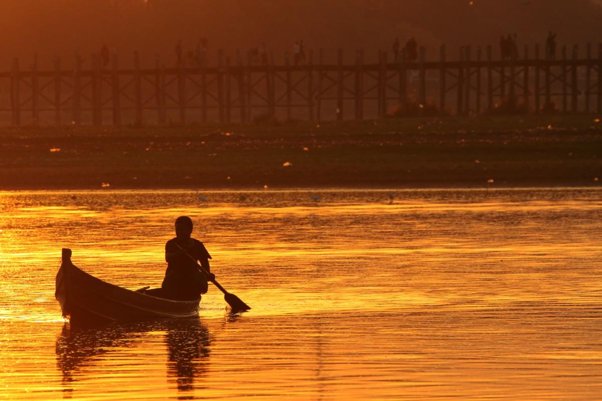 Zdjęcia: Amarapura, Mandalaj, Myanmar (Birma), rybak z Amarapura, MYANMAR