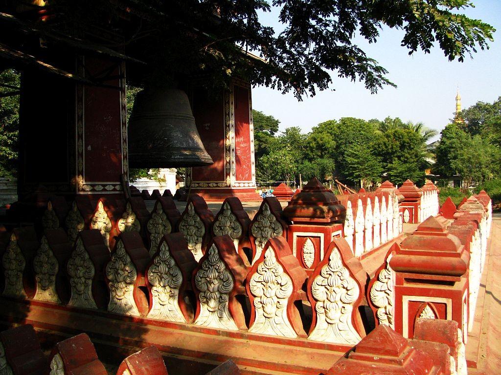 Zdjęcia: Amarapura, okolice Mandalay, Pahtodawgyi Paya, MYANMAR