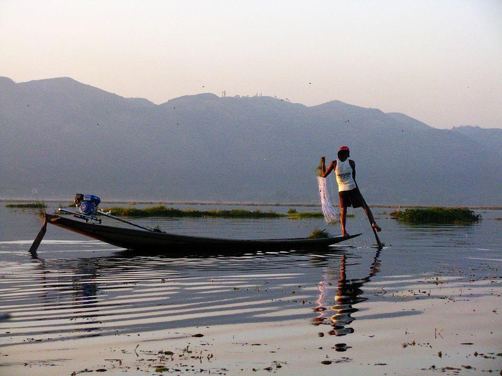 Zdjęcia: jezioro Inle, stan Shan, rybacy na jeziorze Inle, MYANMAR