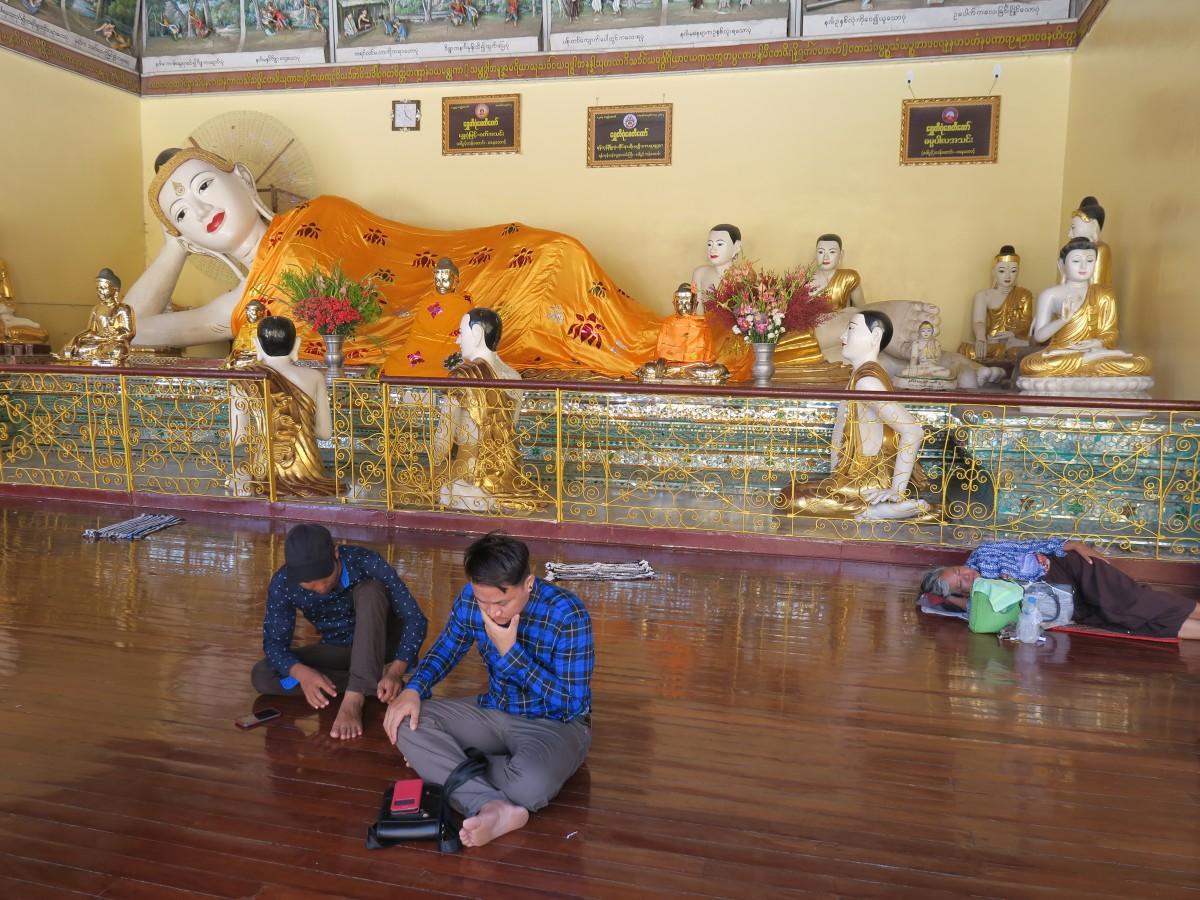Zdjęcia: Shwedagon, Yangon, Odpoczynek z Buddą :), MYANMAR