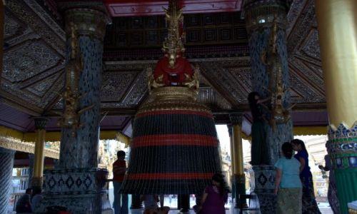 Zdjecie MYANMAR / - /  Yangon / Shwedagon Pagoda