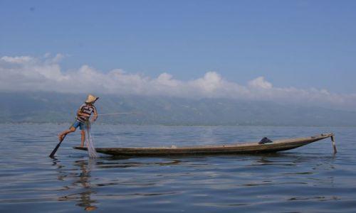 Zdjęcie MYANMAR / Birma / Jezioro Inle Lake / Rybak