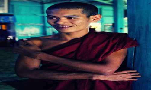 Zdjecie MYANMAR / Rakhine / Thandwe / z wizyta w klasztorze