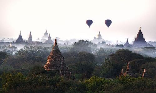 Zdjecie MYANMAR / Mandalay / Bagan / W Krainie Utopii