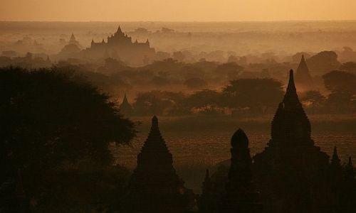 Zdjecie MYANMAR / Bagan / Bagan / Konkurs - Zapierające dech wschody i zachody