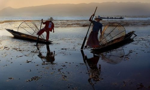 Zdjecie MYANMAR / Shan / Inle Lake / na jeziorze