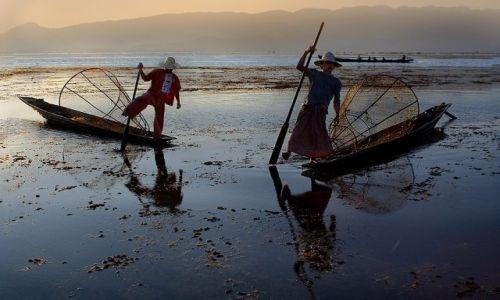 MYANMAR / Shan / Inle Lake / na jeziorze