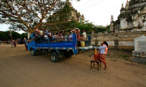 MYANMAR / - / Bagan / życie w birmie