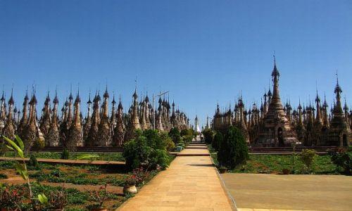 Zdjęcie MYANMAR / stan Shan / Kakku / pagody w Kakku