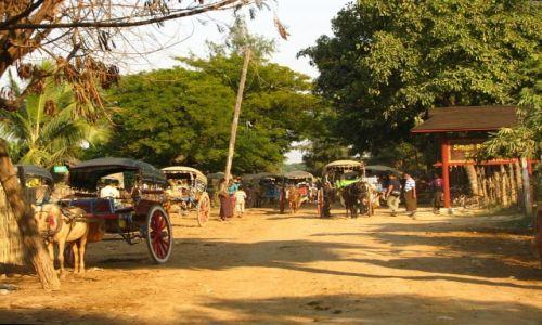Zdjęcie MYANMAR / okolice Mandalay / Inwa / Inwa