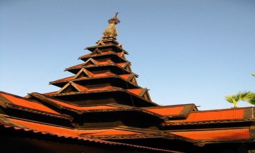 Zdjęcie MYANMAR / okolice Mandalay / Inwa / klasztor Bagaya