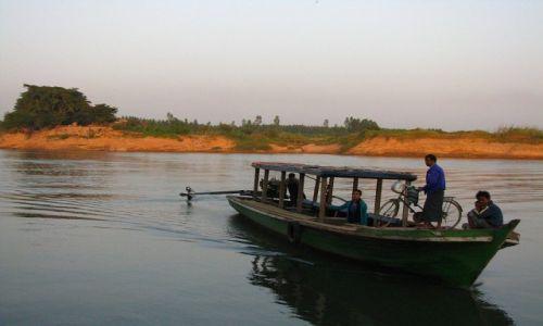 Zdjęcie MYANMAR / okolice Mandalay / Inwa / podróż do/z Inwy