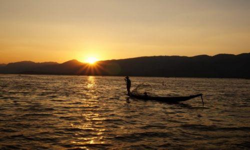 Zdjecie MYANMAR / jezioro Inle / jezioro Inle / rybacy