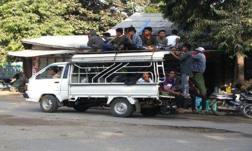 Zdjęcie MYANMAR / trasa Nyaungshwe - Nyaung OO / . / każdy chce jechać