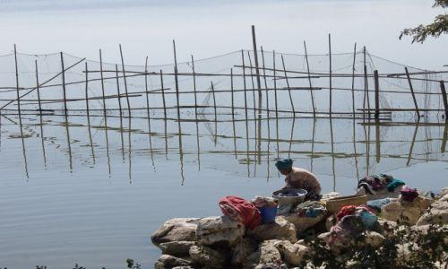 Zdjecie MYANMAR / okolice Shwebo / okolice Shwebo / Pranie