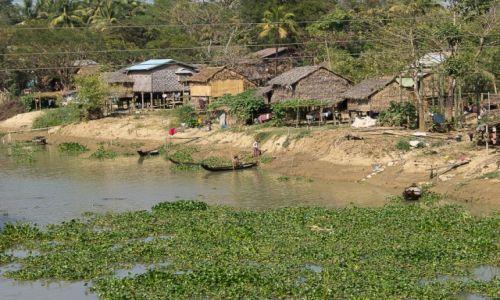 Zdjęcie MYANMAR / ? / po drodze / Wioska nad ciekiem