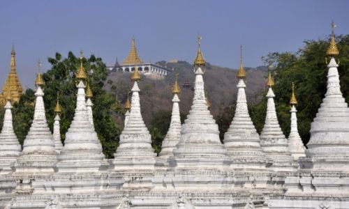 Zdjecie MYANMAR / - / Mandalay / Sandumani Paya