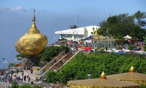 Zdjęcie MYANMAR / okolice Bago / Kyaiktiyo / Złota Skała 2