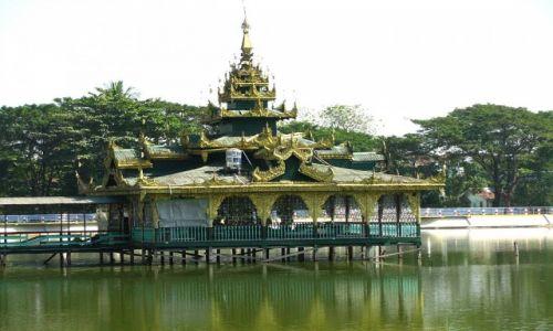 Zdjęcie MYANMAR / Bago / Bago / świątynia na wodzie