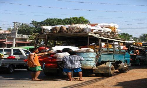 Zdjęcie MYANMAR / Bago / Bago / uliczna scenka