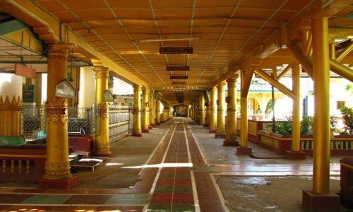 Zdjęcie MYANMAR / Bago / Bago / klasztor Sha-Khat Wain