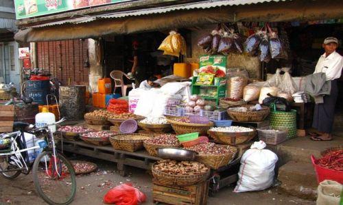 Zdjęcie MYANMAR / Bago / Bago / targ miejski