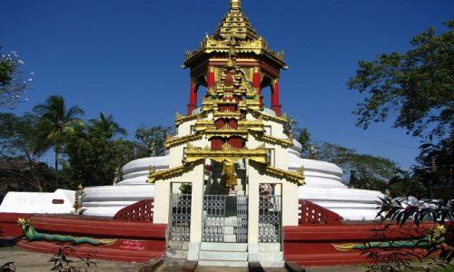 Zdjęcie MYANMAR / Bago / Bago / Shwegulay Paya