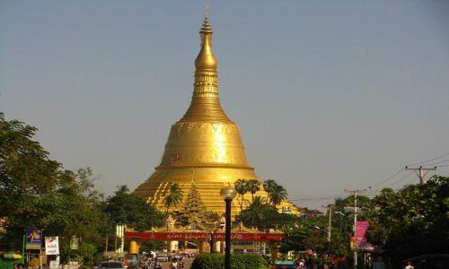 Zdjęcie MYANMAR / Bago / Bago / Shwemawdaw Paya