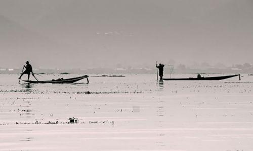 Zdjecie MYANMAR / - / Jezioro Inle / spektakl