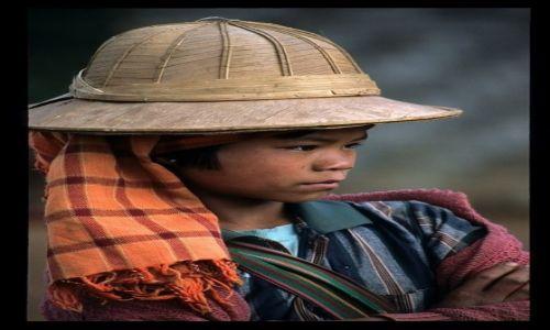 Zdjęcie MYANMAR / Thandwe / Ngapali / Zamyślenie