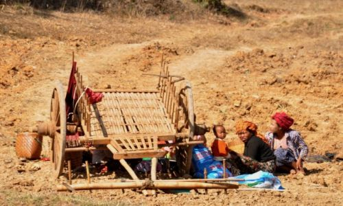 Zdjęcie MYANMAR / Shan / Shan  / W polu 2