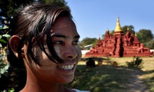 Zdjecie MYANMAR / Mandalay / Mandalay / Birmanka