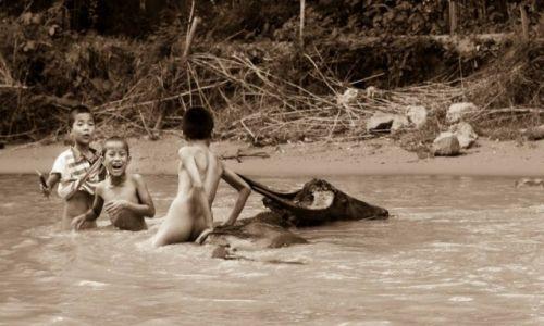 Zdjęcie MYANMAR / Inle / Inle Lake / Domowy pupil