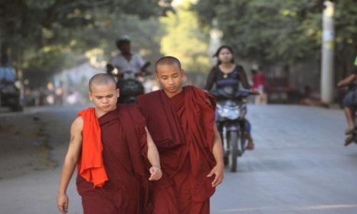 Zdjęcie MYANMAR / Mandalay / Mandalay / Mandalay 1
