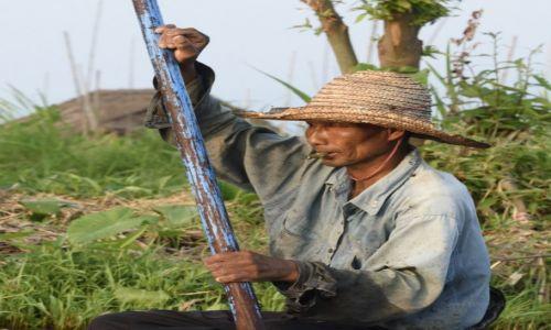 Zdjęcie MYANMAR / Inle / Inle Lake / Jednooki