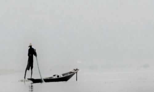 Zdjecie MYANMAR / Inle / Inle Lake / Poranny połów Inle