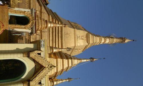 Zdjecie MYANMAR / Rangon / Rangon / Z�oto pagody