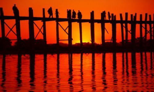 Zdjecie MYANMAR / Myanmar / Myanmar / Ulotna Chwila