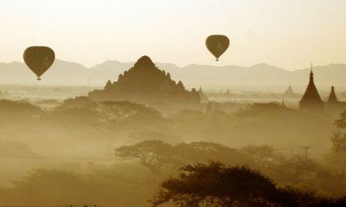 Zdjecie MYANMAR / Bagan / Bagan / Magia podróży