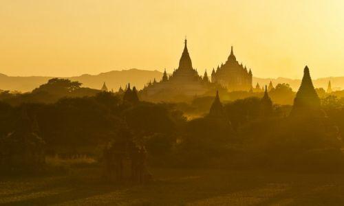 MYANMAR / Bagan / Bagan / Bagan póżnym popołudniem