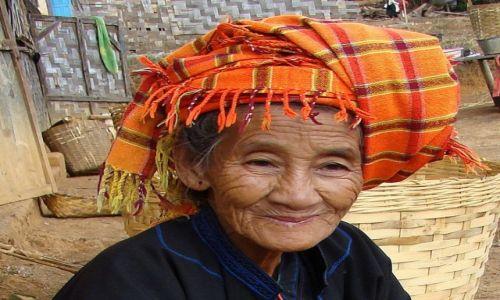 MYANMAR / Płaskowyż Szan / wioska / Twarz mówi wiele o człowieku