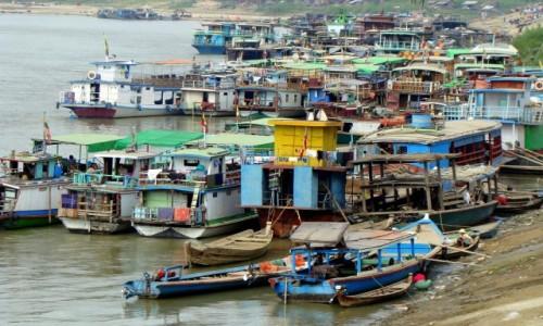 Zdjęcie MYANMAR / Okolic Mandalaj / Nad Irawadi / W porcie