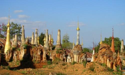 Zdjecie MYANMAR / Jezioro Inle / Indein / Stupy, stupy, s