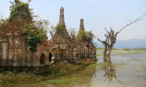 Zdjecie MYANMAR / jezioro Inle / Sankar / umierające świątynie